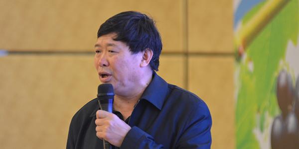 中国农学会葡萄分会会长刘俊