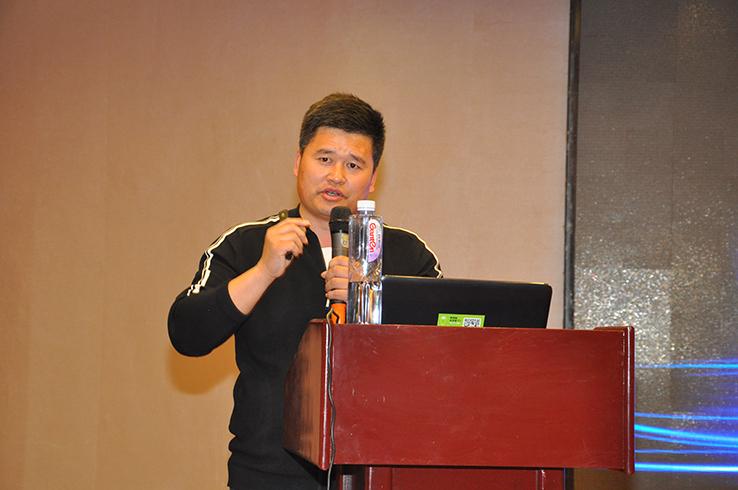 万云忠:191葡萄服务中心特约技术顾问